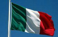 TRICOLORE: SIMBOLO DELL'UNITA' DI QUESTO PAESE